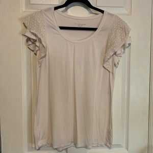 Stella & Dot while top with lace overlay sleeves